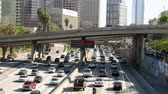 passagem elevada : Downtown Los Angeles Freeway - Time Lapse Zoom Vídeos