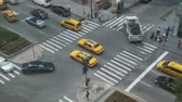 személy : NYC Crosswalk from Above - Time Lapse Stock mozgókép