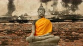 reclináveis : Zoom Out - Statue of Buddha - Thailand Stock Footage