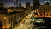 muçulmano : Zoom Out - Day to Night Time Lapse of Traffic in Downtown Los Angeles
