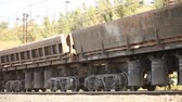 entrega : Freight train, Industrial exterior