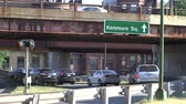 střední : Cars taking the Kenmore Square exit off of Storrow Drive in Boston, Massachusetts  Dostupné videozáznamy