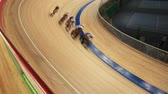 concorrentes : cyclists to ride fast in a curve sequence Stock Footage