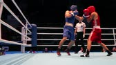 ennemis : Match de boxe close close up
