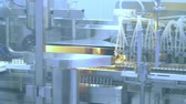 warsztat : Pharmaceutical manufacturing machine at factory. Drugs manufacturing line. Medical ampoules production line at pharmacy plant. Conveyor belt at pharmaceutical plant