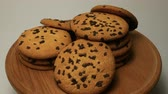 высокое разрешение : Tasty chip cake cookies with chocolate pieces shallow close-up