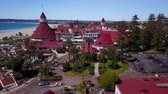caído : San Diego - Coronado Beach - Drone Video Aerial Video of Coronado Island setting captures the relaxed beauty and seaside charms of the quintessential Southern California coastal lifestyle.