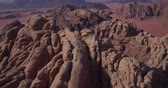 Ürdün : Wadi Rum also known as The Valley of the Moon in addition to Petra ancient city in southern  Jordan, has been home to many blockbusters Visual effects (VFX) and Background mattes, like Lawrence of Arabia, Red Planet, Prometheus, Transformers: Revenge of t