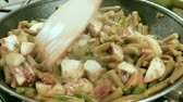 fritar : Stir Fry Green Beans And Potatoes Stock Footage
