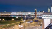 ブイ : The Palace embankment and the rostral column timelapse June night. St. Petersburg, Russia