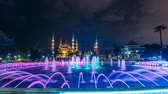 istambul : Fountain timelapse in front of The Blue Mosque Sultanahmet Mosque at night. Istanbul, Turkey
