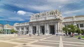 milano : Front view of Milan antique central railway station timelapse hyperlapse. Stock Footage