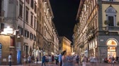 İtalya : Cozy narrow street in Florence timelapse, Tuscany, Italy. Night Florence cityscape Stok Video