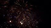 explosão : Colourful fireworks in the sky