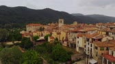 cobertura : Beautiful small medieval town