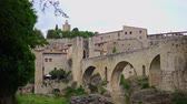 katalán : Beautiful small medieval town Besalu, Spain