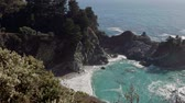 McWay Falls in Julia Pfeiffer Burns State Park, USA