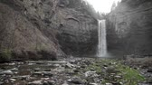 yeni : Taughannock Falls in spring. A large(215 ft.) waterfall located near Ithaca, NY, USA. Stok Video