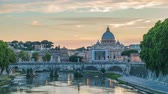 vaticano : Rome city skyline Saint Peter Basilica day to night sunset timelapse, Rome, Vatican, Italy 4K Time lapse