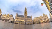 hala : Brussels city skyline timelapse at Grand Place, Brussels, Belgium 4K Time lapse