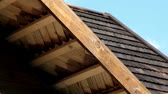 eave : House with wooden shingle fascia and joist are usually the ones made for the house ranch; farm; and cabin in the woods or near the lake. Wooden shakes and oiled with tar wooden shingles.