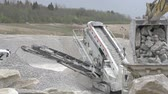 kazılmış : The view above the machine called splinter in which limestones are being separated from each other Stok Video
