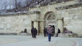 hidrojen : Tourists on the square in front of the entrance to the underground hydrogen sulphide lake Proval