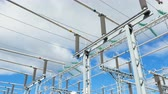 transformador : substation transforms current of various types and frequency Vídeos