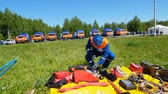bombeiro : rescue service candidate approaches training equipment