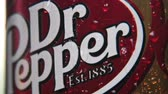 carbonated : Moscow, Russia-September 6, 2018: can Dr. pepper drink.Dr Pepper carbonated soft drink, trademark of Dr Pepper Snapple Group Stock Footage