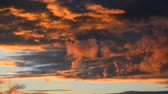 contrastes : red clouds at sunset Stock Footage