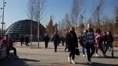 ortodoxia : Moscow, Russia - April 14. 2018. people walking in park Zaryadye Vídeos