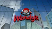 oblak : March 2018, Editorial use only, 3D animation, Wendys logo on glass building. Dostupné videozáznamy