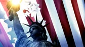 amerikaanse vlag : Concept patriotic animation, Statue Liberty with American flag. Stockvideo