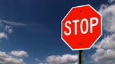 alerta : A stop sign. Stock Footage