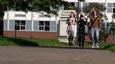 College students walk to class. Stock Footage