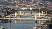 irmãs : Bridges over the Allegheny River in Pittsburgh, Pennsylvania.  In 4K UltraHD.