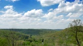 stráň : A gentile time lapse view of a Pennsylvania valley on a sunny day.