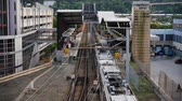 chegar :  PITTSBURGH, PA - Circa August, 2014 - A subway car arrives at a station in downtown Pittsburgh, PA.
