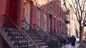 evler : A typical winter scene New York City apartment building establishing shot in the day. Stok Video
