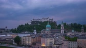 kastély : Time Lapse of Salzburg city skyline at night in Salzburg, Austria timelapse 4K
