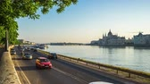 parlament : Budapest city street with Hungarian Parliament Building in Hungary timelapse 4K