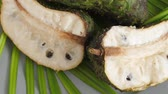 filare : Closeup of green soursop graviola, exotic, tropical fruit Guanabana on plate
