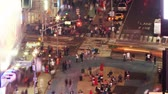 chodec : Crosswalk at evening. Time lapse and loopable. Times Square, New York Dostupné videozáznamy