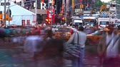 vezes : Timelapse of Times Square traffic at evening Stock Footage