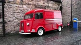 skříňku : August 2017: French red van Citroen Type H, used inside Edinburgh Castle. August 2017 in Edimburgh