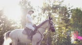 eyer : Happy horseback riding in nature