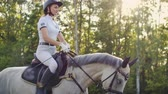 courses : Horseback riding from horsewoman Slow motion