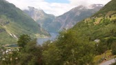 vegetace : Fjord and mountains. Geiranger, Stranda, Norway