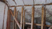 New home construction with installation of termal insulation installing at the attic Stok Video